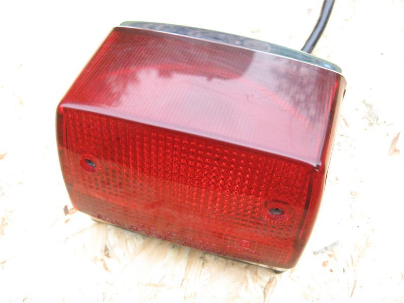 Lampa tylna światło tył Suzuki LS 650 Savage