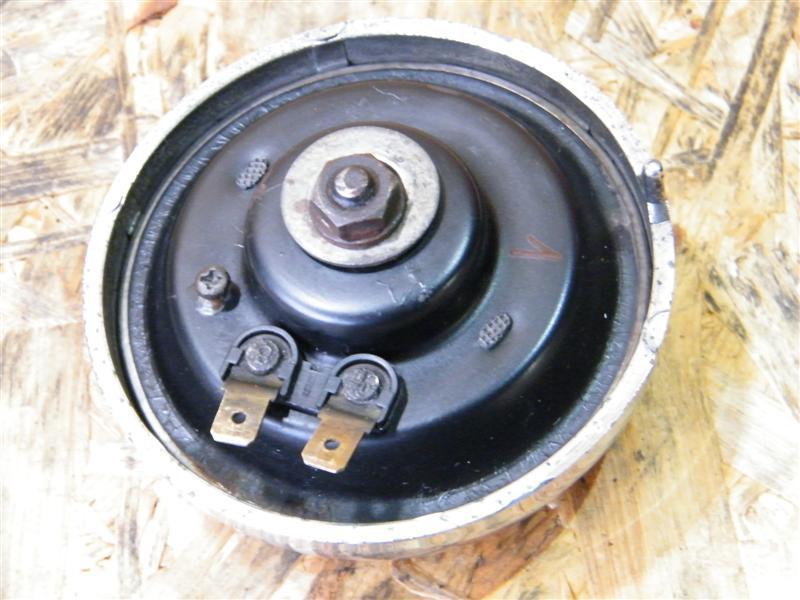 Klakson sygnał dźwiękowy 1 Moto Guzzi 750 Nevada