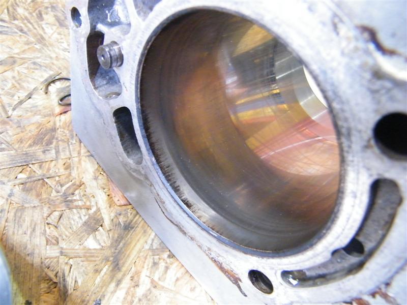 Cylinder tłok sworzeń prawy Moto Guzzi 750 Nevada